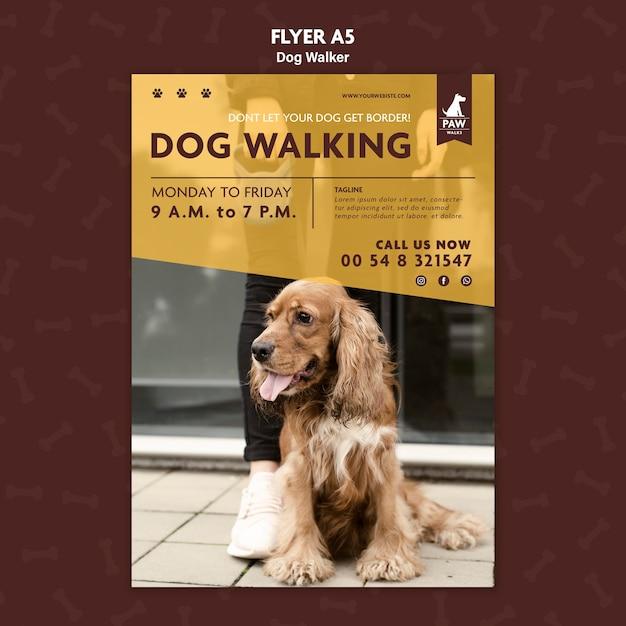 Modello di volantino per dog walker Psd Gratuite