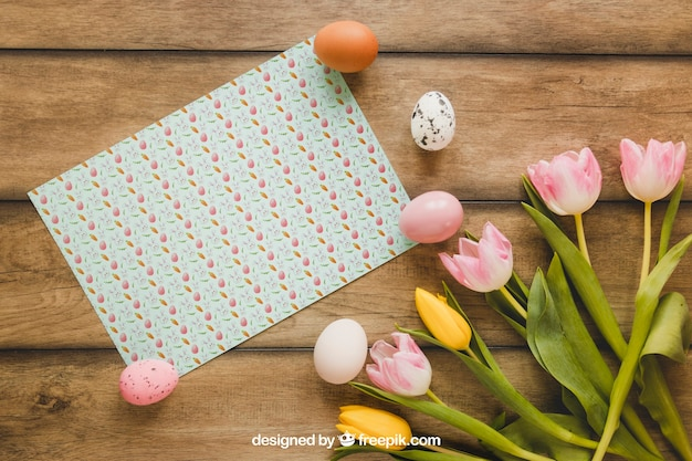 Easter mockup with card and flowers Free Psd
