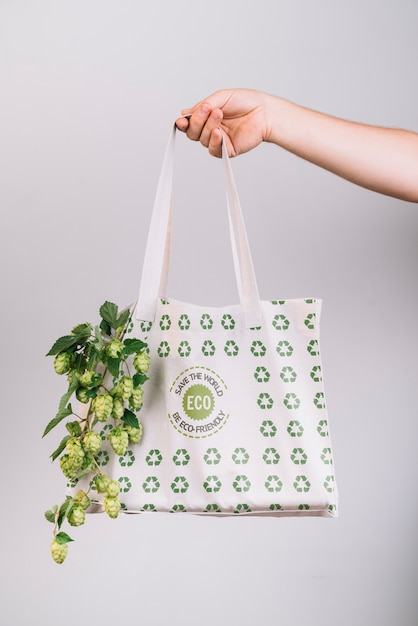 Eco friendly bag with mock-up Free Psd