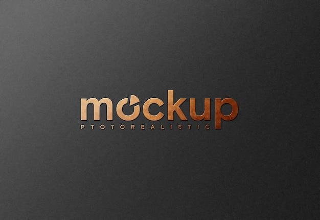 黒い紙にエレガントなロゴのモックアップ Premium Psd