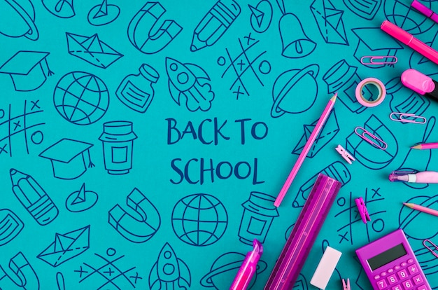 Flat lay back to school with purple supplies Free Psd