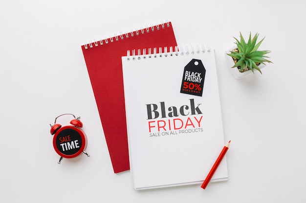 Flat lay of black friday concept mock-up Free Psd