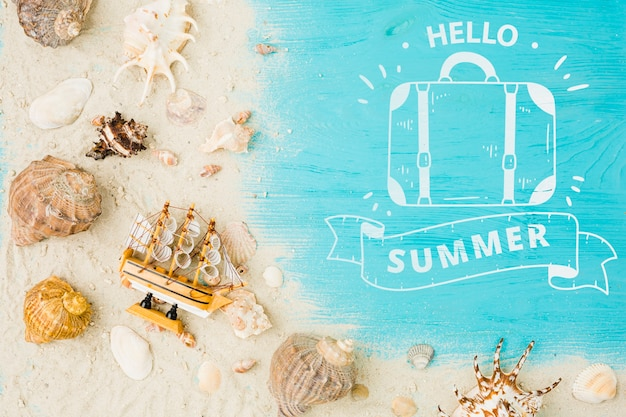 Flat lay copyspace mockup with summer concept Free Psd