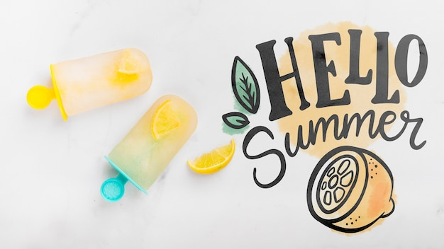 Flat lay copyspace mockup with summer elements Free Psd