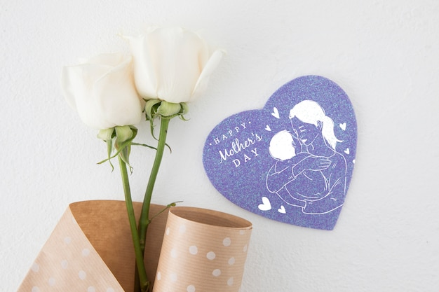 Flat lay heart shapes card mockup for mothers day Free Psd