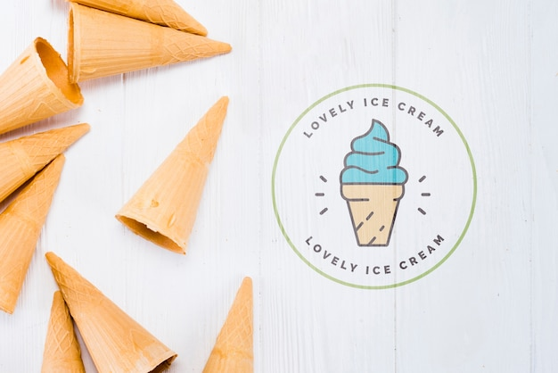 Flat lay ice cream cone mockup with copyspace Free Psd