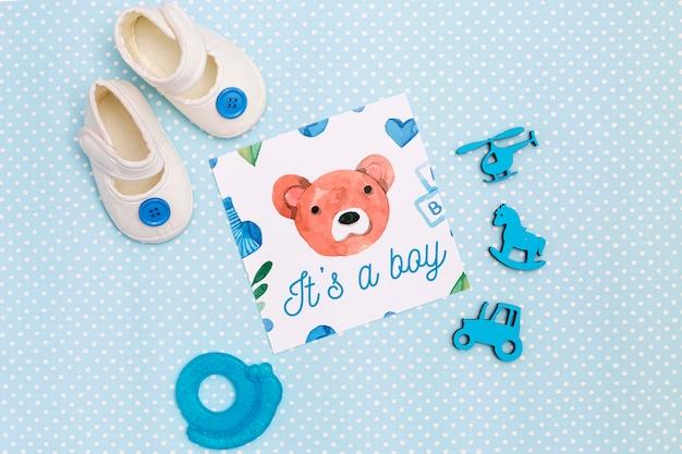 Плоская планировка синих украшений детского душа с обувью Бесплатные Psd