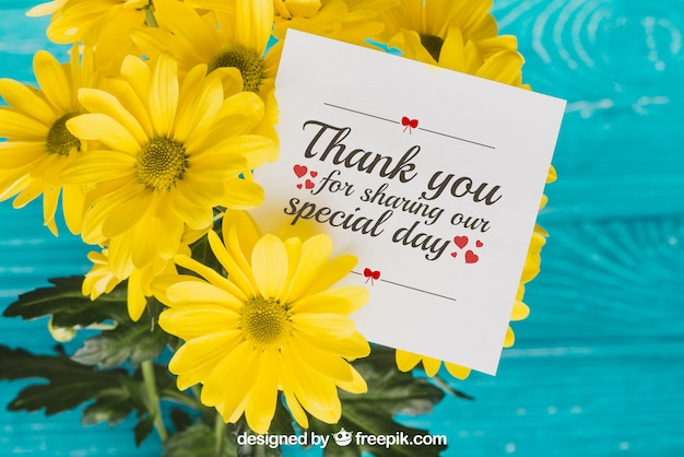 Floral thank you card concept Premium Psd