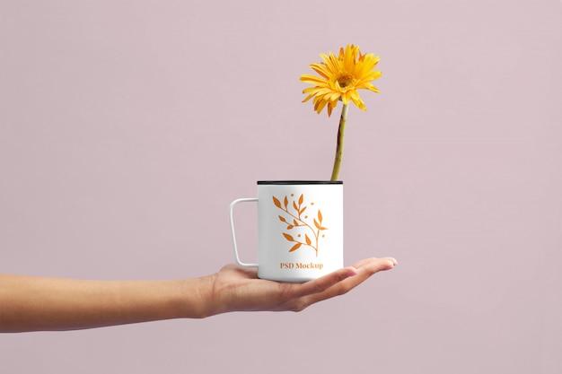 Flower cup mockup Premium Psd