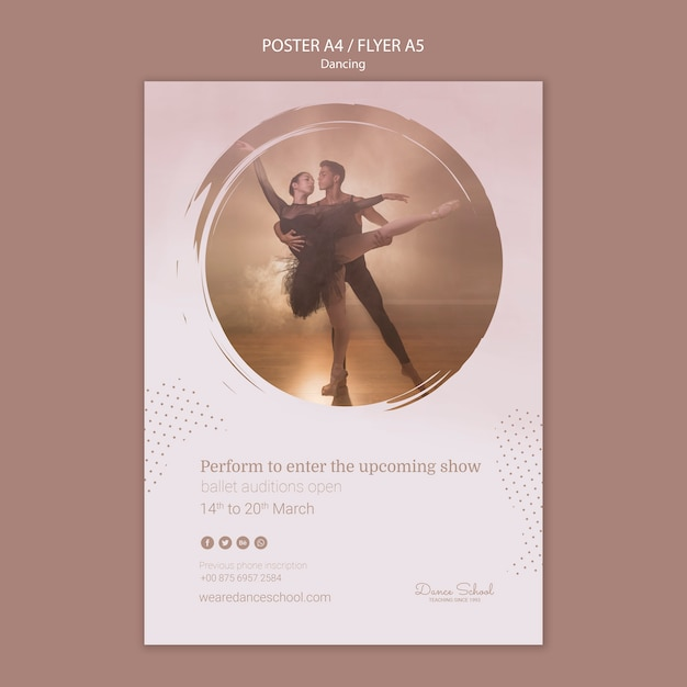 춤 공연을위한 전단지 템플릿 무료 PSD 파일