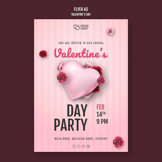 Modello di volantino per san valentino con cuore e rose rosse Psd Gratuite