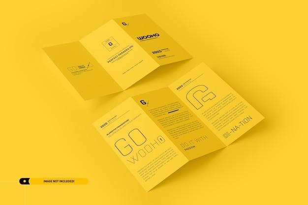 折られたパンフレットのモックアップ Premium Psd