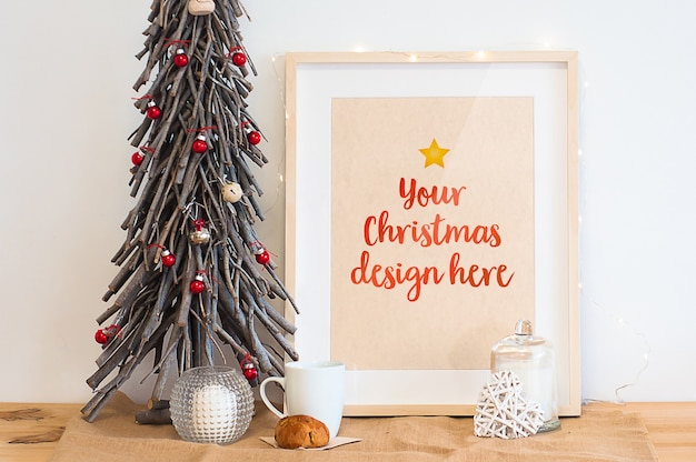 Frame mockup surrounded by christmas decoration Premium Psd