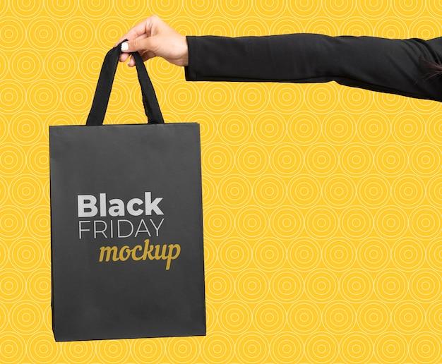 Vista frontale del mock-up del concetto di venerdì nero Psd Gratuite