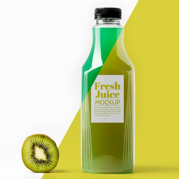 Front view of bottle with kiwi Free Psd