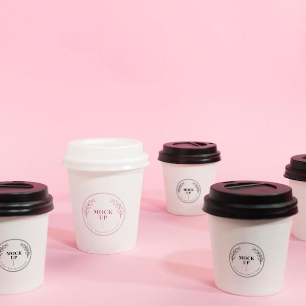 Макет кофейной чашки с логотипом спереди Premium Psd