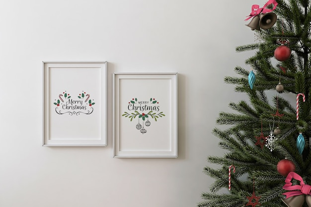 Front view of mockup poster frame and christmas tree Premium Psd