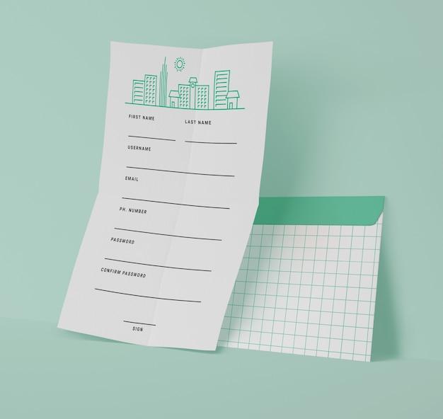 Вид спереди бумаг с решетками Бесплатные Psd