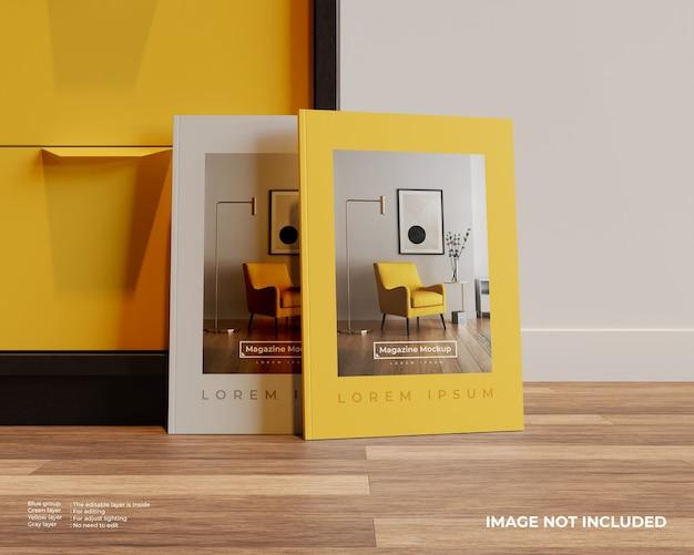 찬장과 나무 바닥에 두 잡지 모형의 전면보기 프리미엄 PSD 파일