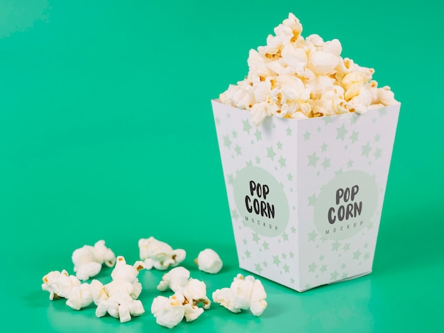Front view of popcorn cup with copy space Free Psd