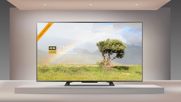 Next generation smart led 4k tv in enlighten studio mock-up Premium Psd