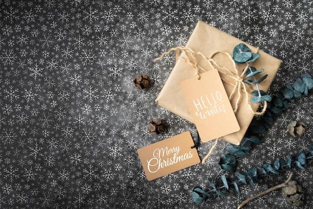 Подарочные и рождественские бирки с копией пространства Бесплатные Psd