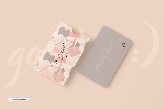 카드 홀더가있는 기프트 카드 모형 무료 PSD 파일