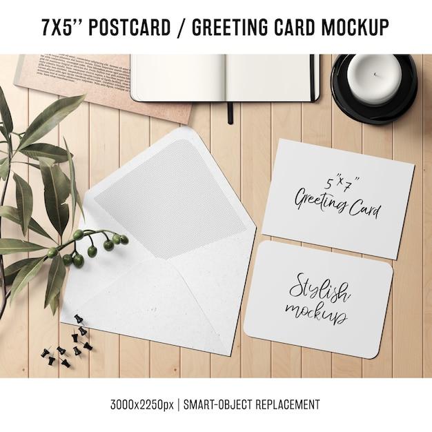 Greeting card mock up Free Psd