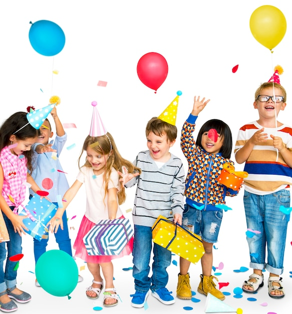 Group of happy diverse children and party concept Premium Psd