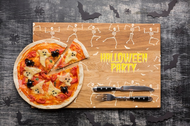 Halloween day with specific pizza concept Free Psd