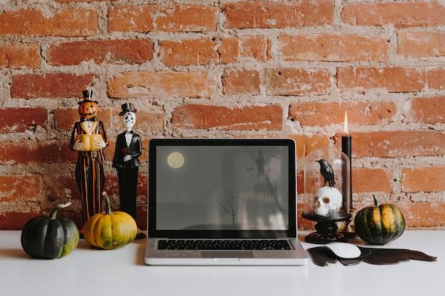 Хэллоуин украшение на стол Premium Psd