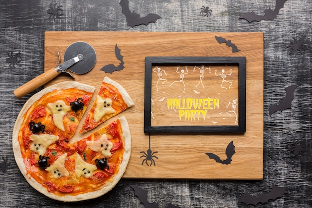 Halloween pizza concept with frame Free Psd