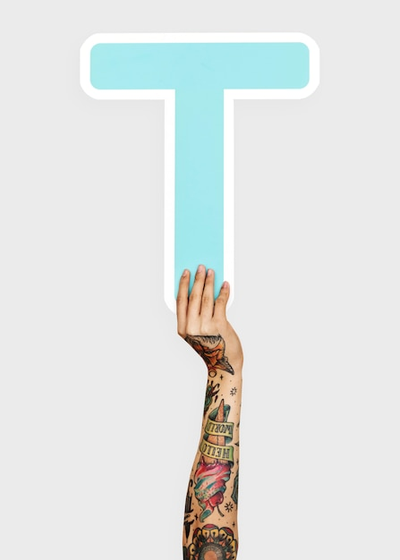 Hands holding the letter t Premium Psd