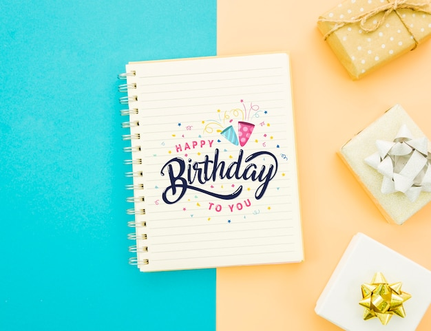 Happy birthday mock-up and wrapped gifts Free Psd