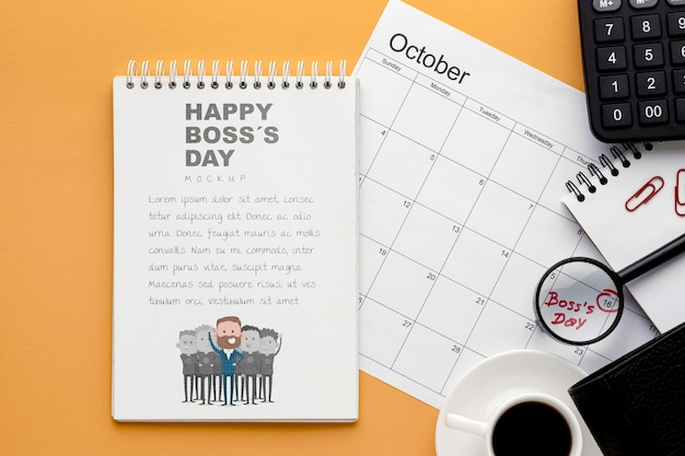 Счастливый день босса с блокнотом и календарем Бесплатные Psd