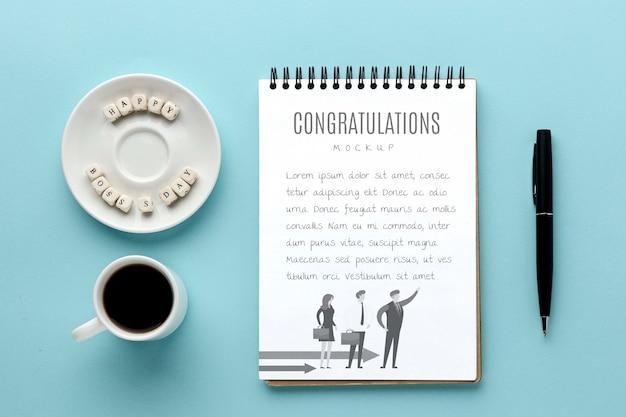 Buona festa del capo con taccuino e caffè Psd Gratuite