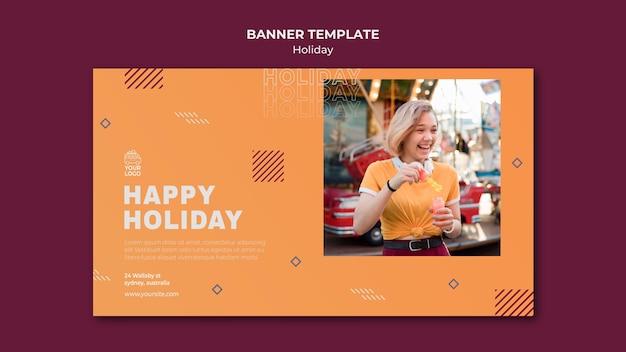 Modello web banner vacanza felice Psd Gratuite