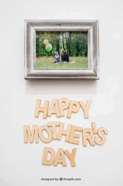 Happy mothers day lettering and photo frame PSD file | Free Download