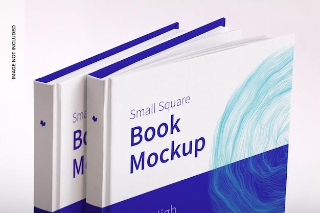 ハードカバーの小さな正方形の本のモックアップ Premium Psd