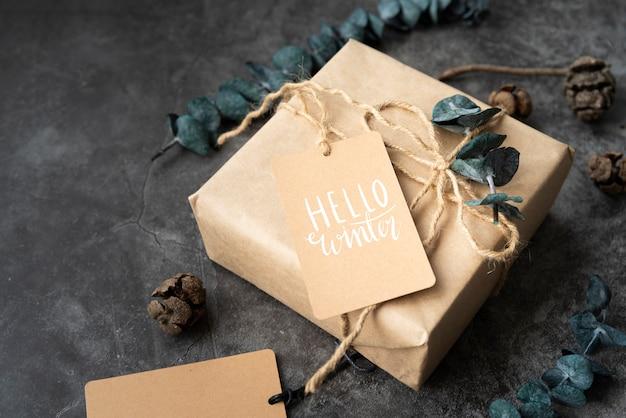 High angle christmas gift with tag Free Psd