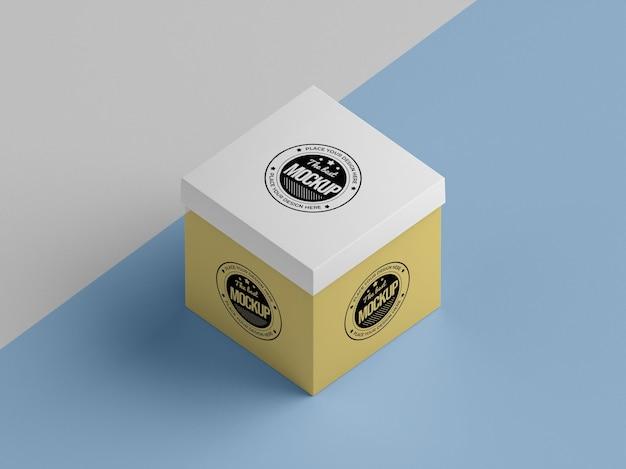 Макет упаковочной коробки под высоким углом Бесплатные Psd