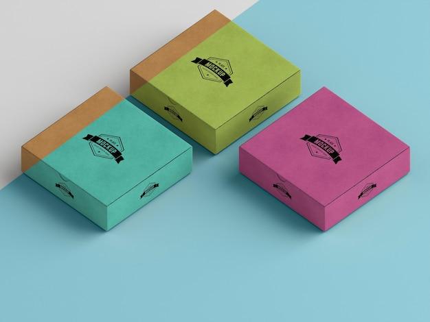 포장 상자 모형의 높은 각도 무료 PSD 파일