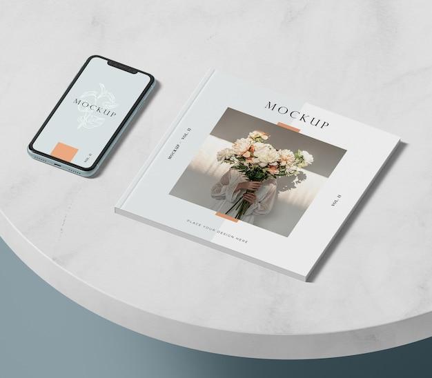 하이 뷰 전화 및 편집 잡지 모형 무료 PSD 파일