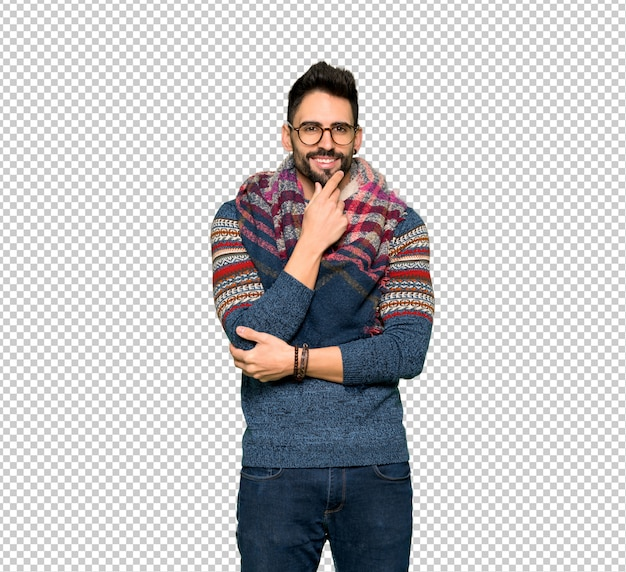 Hippie man with glasses and smiling Premium Psd