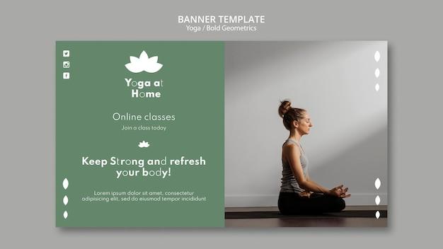 Шаблон горизонтального баннера с женщиной, практикующей йогу Бесплатные Psd
