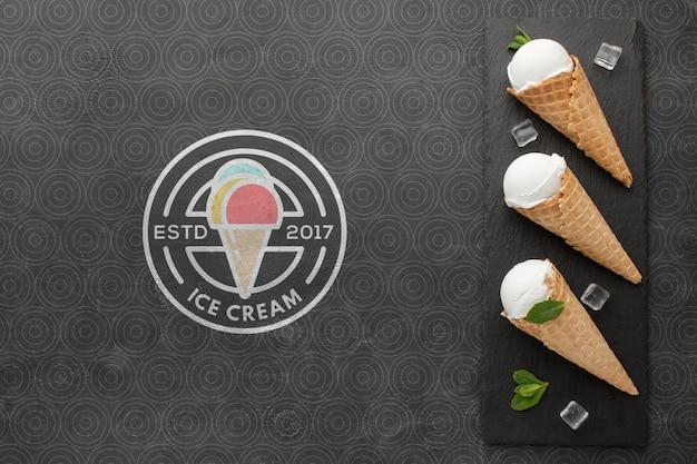 Концептуальный макет мороженого Бесплатные Psd