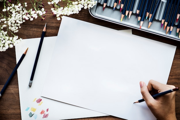 Illustrationist workspace concept with copy space Free Psd