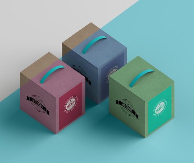 아이소 메트릭 디자인 골판지 상자 높은 각도 무료 PSD 파일