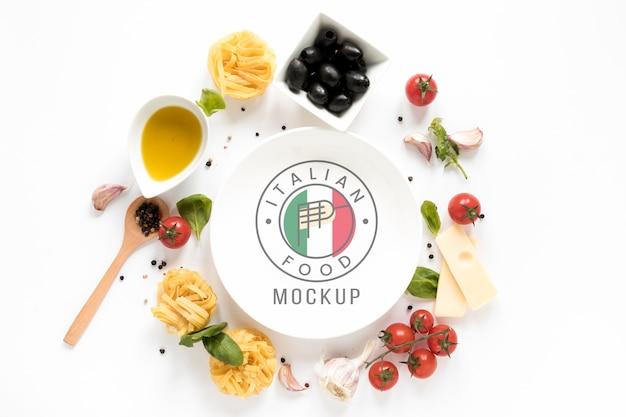 Italian food plate mock-up Free Psd