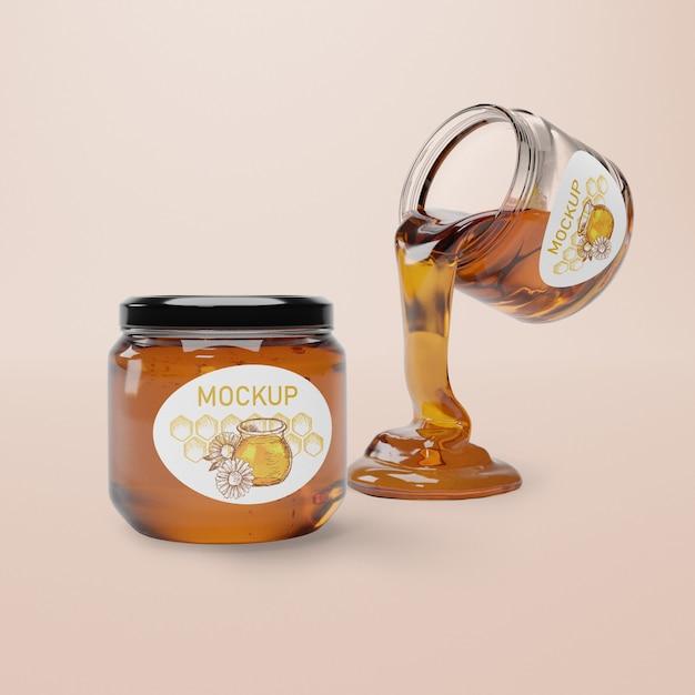 Jar with natural honey mock-up Free Psd